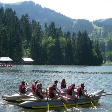 Tabara de limba germana si aventura pe lacul Spitzingsee, langa Munchen