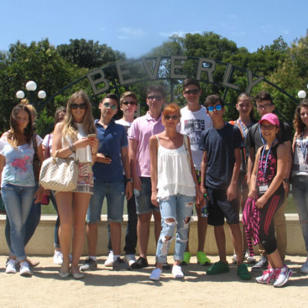 Tabara internationala Los Angeles – intrare Disneyland sau Universal Studios