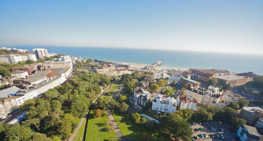 Tabara engleza grup Bournemouth – vizita la parcul de distractii Thorpe Park
