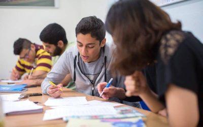Cursuri de limba engleza pentru adolescenti – Studio Cambridge, Anglia