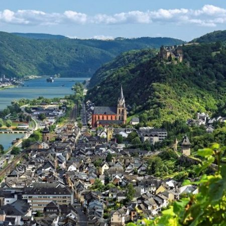 Tabara limba germana Oberwesel, pe valea Rinului
